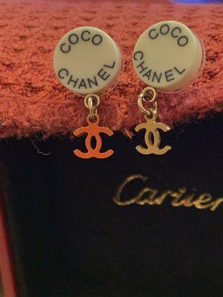 真品Chanel 墜飾耳環