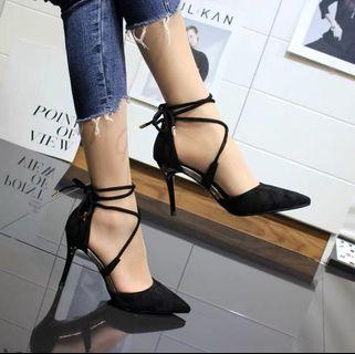🚚 Black High Heels 9cm