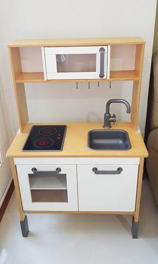 DUKTIG IKEA kitchen set