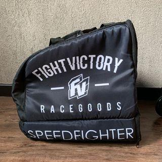 Fight Victory 2-1 Helmet + shoe Bag