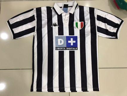 Vintage Juventus Jersey size M
