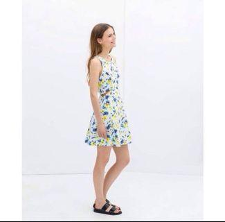🚚 Floral skater dress  #endgameyourexcess #mrthougang #mrtserangoon #mrtpunggol