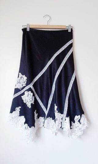 BCBG Skirt Lace Detail