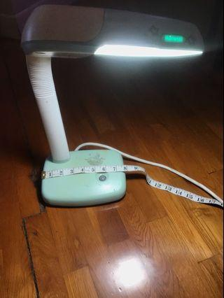 Reading lamp table light 枱燈 書枱燈