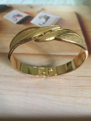 🚚 經典Monet亮金手環