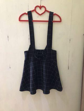 🚚 格紋吊帶裙
