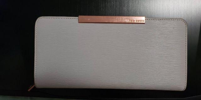 Ted Baker Textured Zipped Wallet