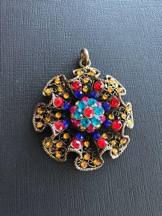 Amazing Costume Necklace Broach - Hippie Chick