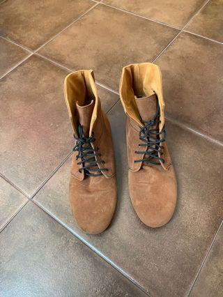🚚 #ENDGAMEyourEXCESS Brown Boots