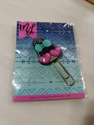 Mommy lhey Design Paper Clip