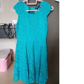 Girl dress - New without tag