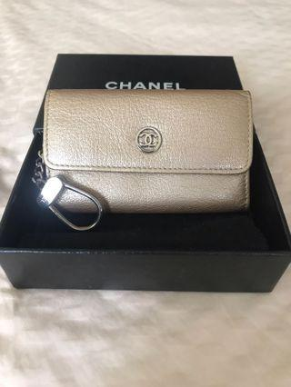 🚚 Authentic Chanel Keys / Coins Pouch in Gold