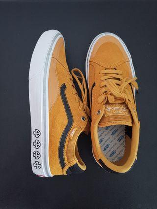 22a05cec0d Vans X Independent TNT Advanced Prototype  OYOHOTEL