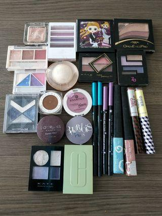 EYESHADOW AND EYELINER MAKEUP BUNDLE $18 for all