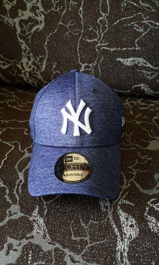 2e287e034e3 Authentic 9 Forty New York Yankees Cap