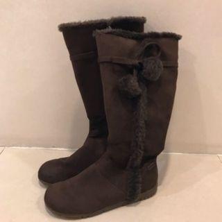 深咖啡色毛球絨布長靴/內增高3cm/膠底好走