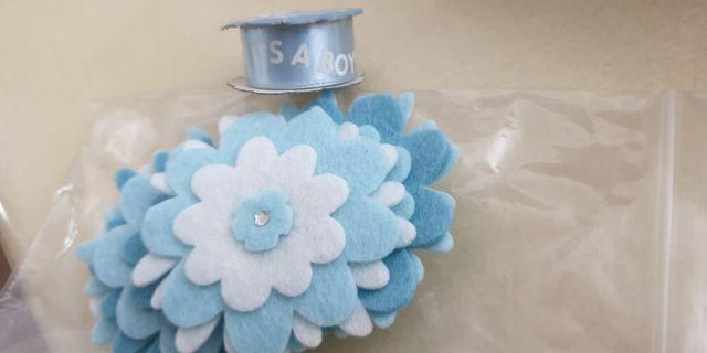 Blue flower diecuts, ribbon (for baby / Scrapbooking)