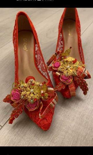 新娘褂鞋連褂夾 (全新)
