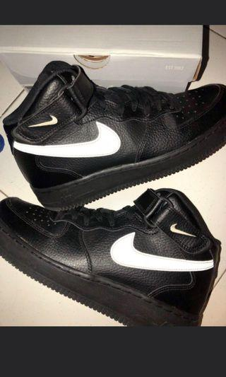 first rate 64850 022ca Nike Air Force 1 07 mid