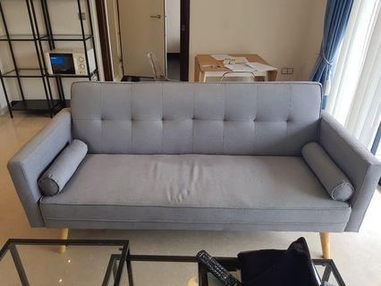 🚚 3 seater sofa bed