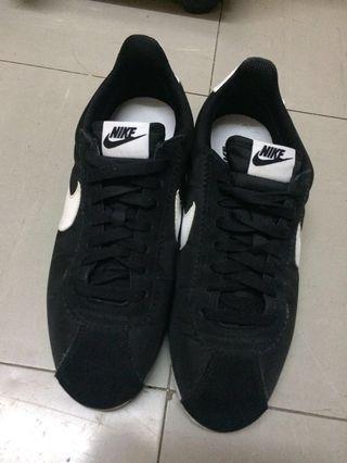 Nike Classic Cortez Nylon (nike cortez)