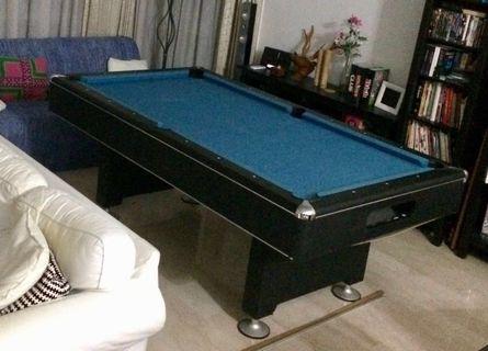 'Royal' Pool Table