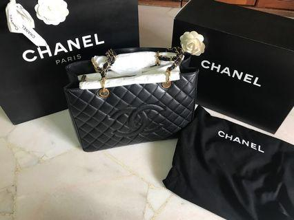Authentic Black Chanel Grand Shopping Tote GST Bag (Gold Hardware)