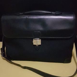 Auth Dunhill