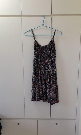 Mini flower strap dress