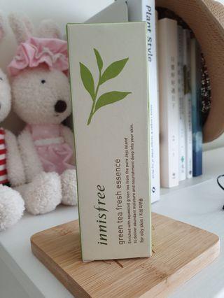 Innisfree green tea freah essence