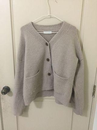 🚚 復古扣針織藕色上衣外套