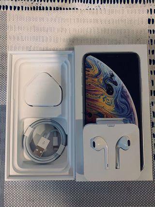 IPhone XS 耳機,充電器+線 earpods,usb cable&adapter