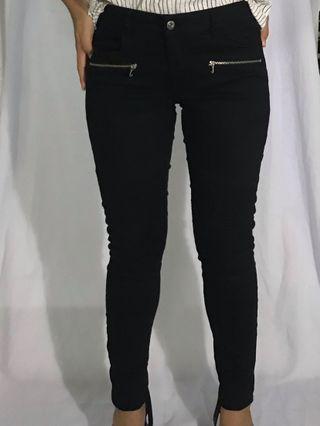 H&M Black Mid Waist Skinny Pants with Detail