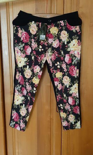 🚚 風格花紋窄管褲