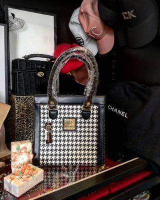 La Coquette Italy Handbag