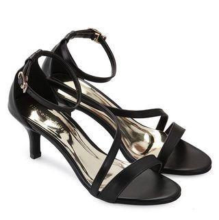 Reprice! Black heels Nicholas edison