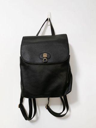🚚 [原價98美金 9成新] Tommy Hilfiger 金色Logo 皮質 後背包 黑色 通勤 上學