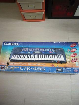 🚚 Casio Electronic Keyboard