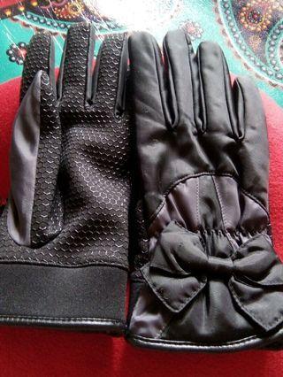 Sarung tangan cantik