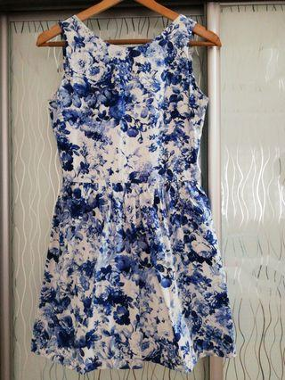 Blue Floral Dress with zip