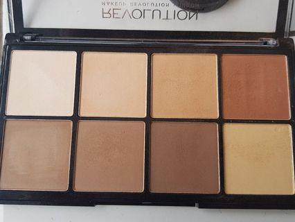 Makeup Revolution Bronzer Pallete