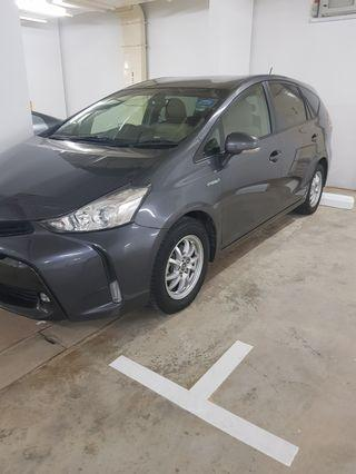 Nearly new Toyota Prius Alpha hybrid
