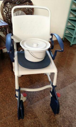Shower chair aluminum with armrest & btacket