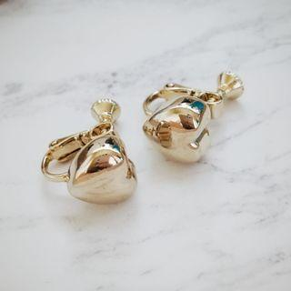 Gold colored heart non-pierce earrings