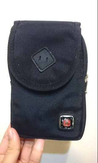 實用腰包 旅行包 防水耐用