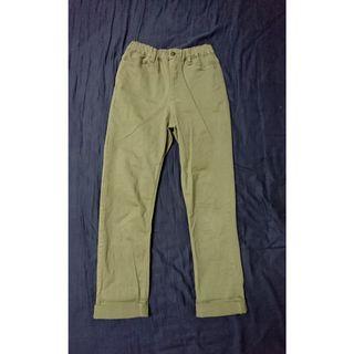 🚚 gu軍綠直筒褲