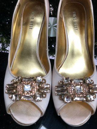 Nine West Wedding Shoes (Size 7.5M)