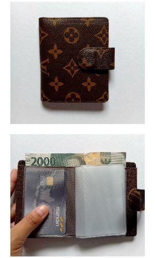 Dompet kartu simple