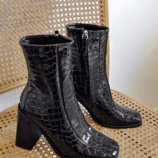 Brand New - Spurr Boots size 6 (fits 6.5)