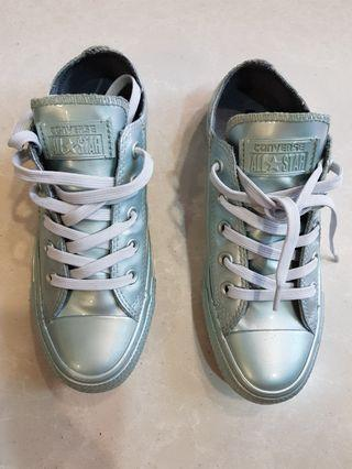 12ae70b6238e32 Converse metallic rubber ox silver woman sneakers. New. Sz US6